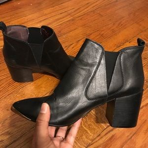 Report Toby ankle boot black genuine leather